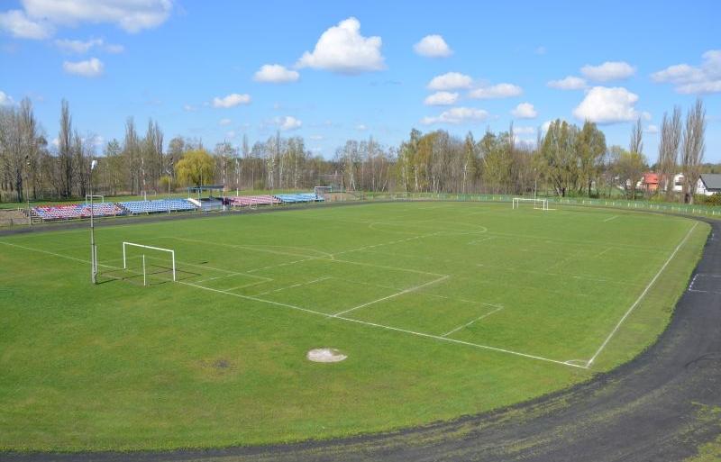 stadion góra kalwaria.JPG